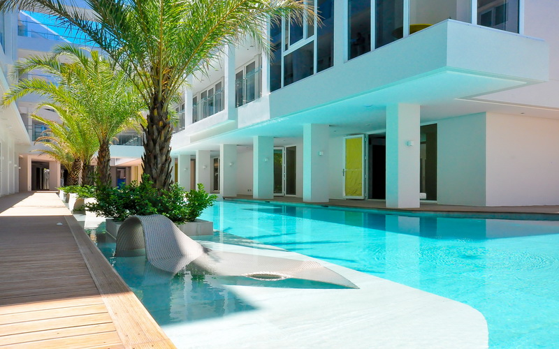 Best Residential Pool Cleaning Services